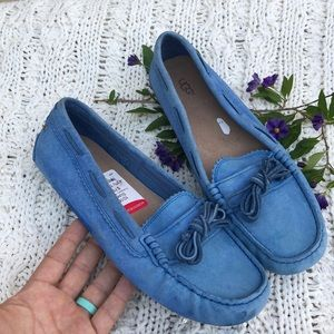 Ugg loafers .💓